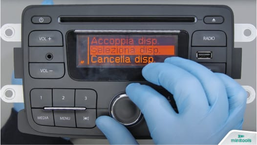 Solution for functions knob issue of Renault and Dacia standard radio cd player